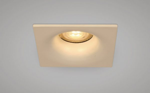 Main voltage recessed square downlight white